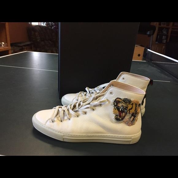 0a7003f0b Gucci Shoes | Mens Mystic White Leather Tiger Hitops | Poshmark